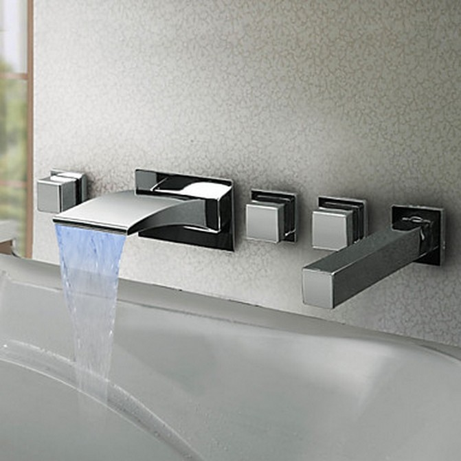 /2991-6137/thermochromic-contemporary-chrome-finish-led-waterfall-bathroom-tub-faucet-f8043.jpg