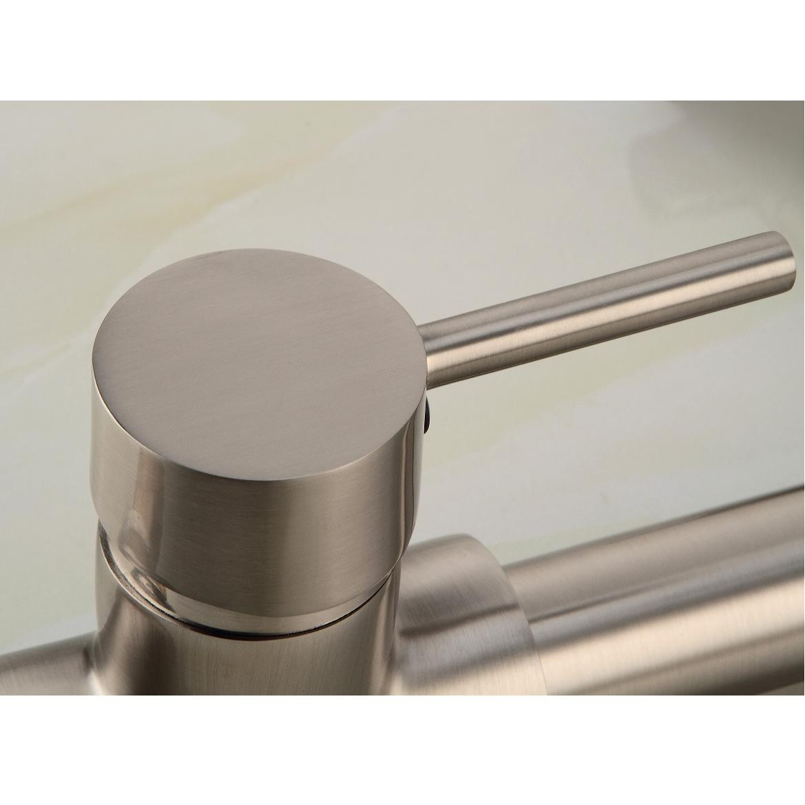 /3062-6438/contemporary-single-handle-nickel-brushed-pull-out-spray-led-kitchen-faucet-with-3-color-changing-fa0783snf.jpg