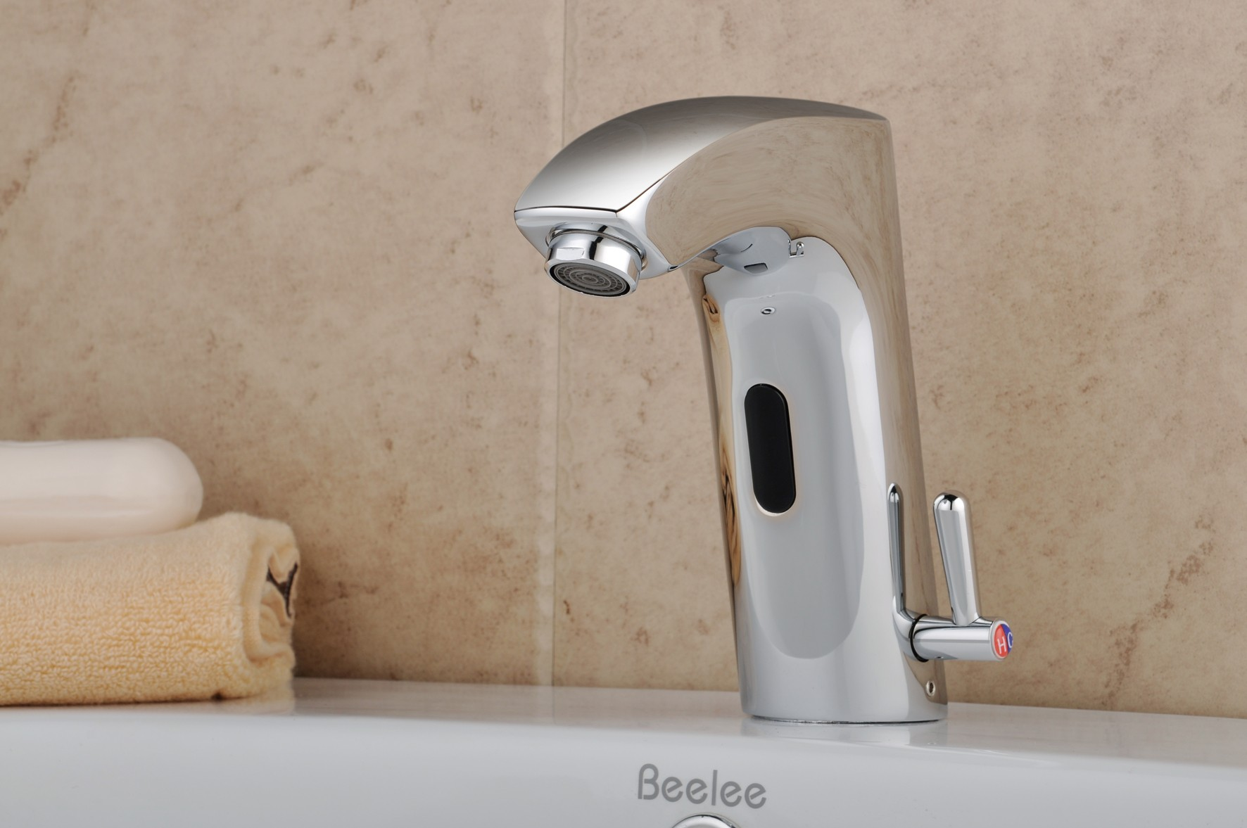 /3070-6480/chrome-finish-brass-bathroom-sink-automatic-faucet-with-sensor-activatedhot-and-cold-fa0112ba.jpg