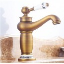 Traditional Centerset Rotatable with Ceramic Valve Single Handle One Hole for Antique Brass , Bathroom Sink Faucet FA0402A